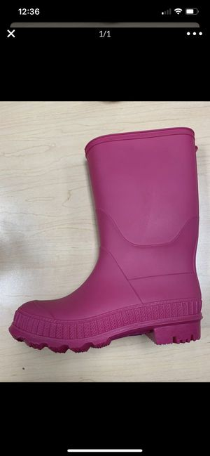 Rain boots for kids size 11 toddler runs big for Sale in South Gate, CA