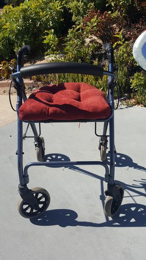 NOVA PROFFESSIONAL WALKER MEETS MEDICAL HEALTH STANDARS WITH BREAKS AND CONFORTABLE SIDE RABBER C-USHIONS ON SALE NOW!!! MSRP $185-$200. for Sale in San Diego, CA
