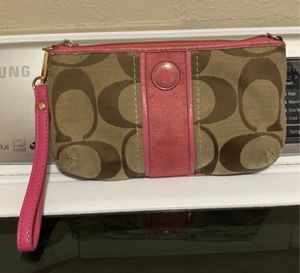 Coach big wristlet $15 for Sale in Fort Worth, TX