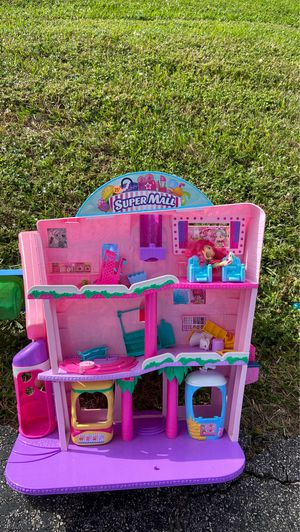 Shopkins mall $15 OBO for Sale in Hollywood, FL