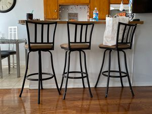 Bar chairs for Sale in South Gate, CA