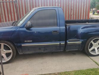 Looking For This Truck for Sale in Houston,  TX