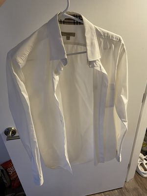 Burberry Size M for Sale in Newton, MA