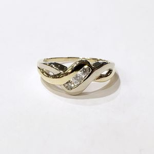 10K Yellow Gold Woman's Cluster Ring Size: 9 with approx. 0.26 cttw Diamonds **Great Buy** 91196-1 for Sale in Tampa, FL