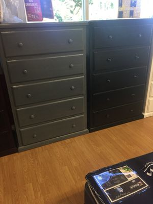 5 cabinet dresser double knob Pinewood for Sale in Santa Monica, CA