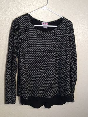 Brand New Black Silver Lurex Women's THREE PINK HEARTS Long Sleeve Sweater Tunic in package - Size L-M for Sale in Austin, TX