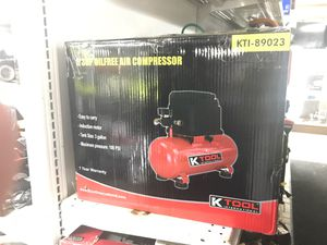Air Compressor 1/3HP OIL FREE for Sale in Detroit, MI