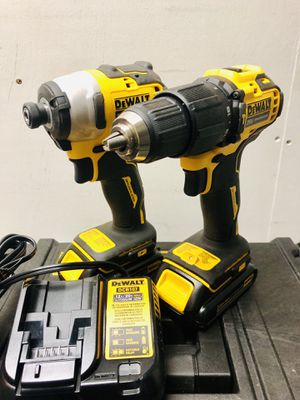 Dewalt 20volt atomic drill combo hammer drill impact looking to trade for Sale in Peoria, AZ