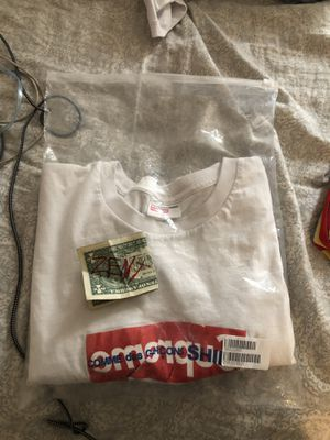 Supreme CDG Tee Size XL Tried On Once Fits like L for Sale in Aurora, CO