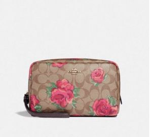 COACH FLORAL ROSE PINK COSMETIC BAG for Sale in Long Beach, CA