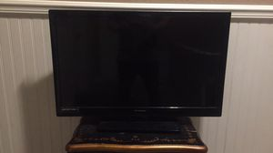 32in flatscreen for Sale in Madison, OH