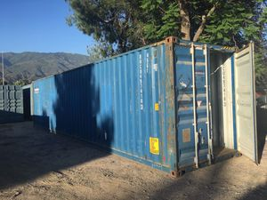 40' STORAGE CONTAINER for Sale in ARROWHED FARM, CA