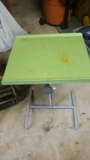 Kids portable desk for Sale in Lynnwood, WA