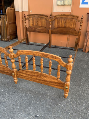 Mid-Century King Sized Bed Frame - Delivery Available for Sale in Tacoma, WA