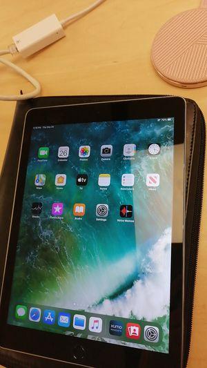 iPad Air 2 128G for Sale in Lexington, KY