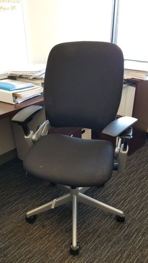 Office chair for Sale in Silver Spring, MD