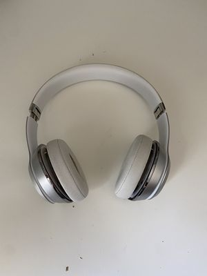 Broken beats solo 3 wireless headphones for Sale in Tracy, CA