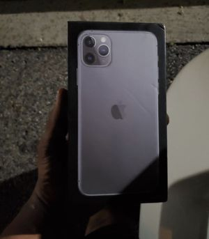 I phone 11 pro max space gray for Sale in Ionia, MI