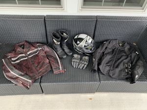 Woman's Motorcycle Gear Lot for Sale in Dover, FL