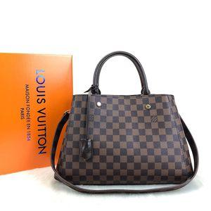 Louis Vuitton Montaigne MM for Sale in New Britain, CT