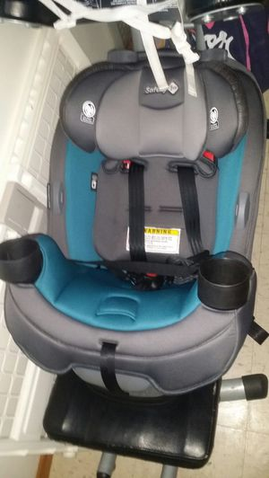 Graco 4ever dlx 4-in1convertible car seat for Sale in Minneapolis, MN