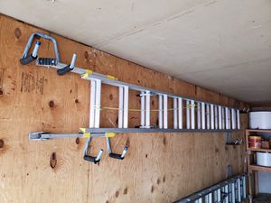 24ft Adjustable legs aluminum ladder for Sale in Olivette, MO