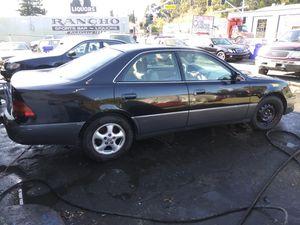 Lexus es300 for Sale in Hayward, CA