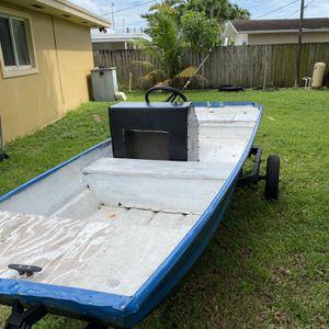 12 ft Jon Boat W/ Mercury 6 HP Outboard for Sale in Doral, FL