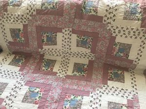 Vintage hand sewn quilt 5x5 for Sale in Alexandria, VA