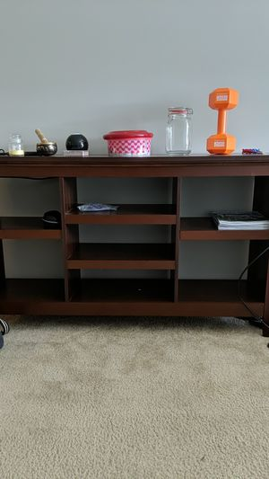 TV stand wooden for Sale in Columbus, OH