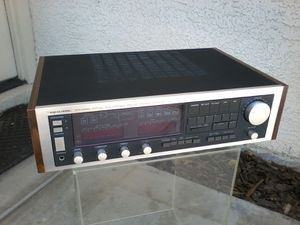 REALISTIC STA-2280 DIGITAL SYNTHESIZED AM FM STEREO RECEIVER for Sale in Las Vegas, NV