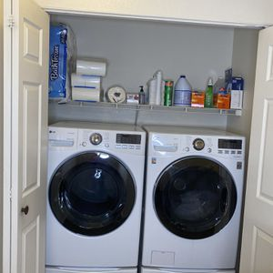 LG Washer And Dryer for Sale in Arvada, CO