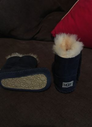 Ugg Boot 3-4 for Sale in Pittsburgh, PA