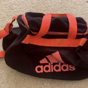 Adidas Duffle Bag for Sale in Renton, WA