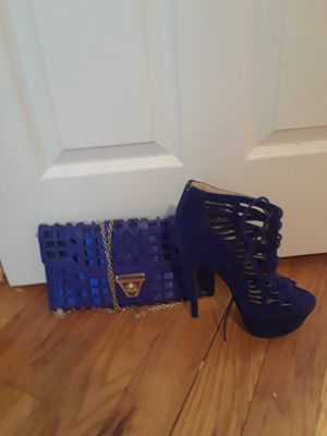 Royal blue stiletto and matching purse for Sale in Pittsburgh, PA