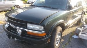 2003 Chevy S10 4.3 engine - parts for sale for Sale in Watertown, CT