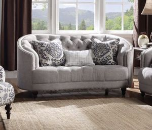 New Saira curved grey loveseat couch for Sale in Miami, FL