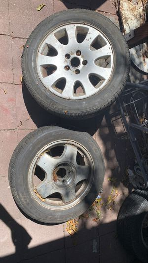 3 205/55R 16 rims with tires for Sale in Oakland, CA