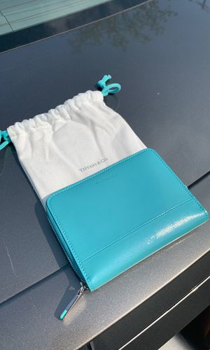 Tiffany and Co Wallet BRAND NEW for Sale in West Haven, CT