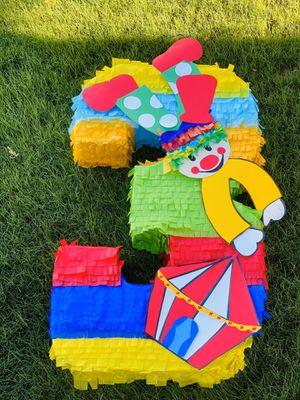 Piñatas a su gusto/custom Bambi rainbow lol doll unicorn bob sponge Wonder Woman Minecraft circus circo frida baby shark for Sale in Chandler, AZ