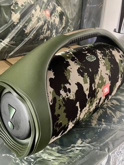 JBL Boombox 2. Available Camouflage only. It has bluetooth, powerbank, waterproof, battery last 24 hours. for Sale in Hialeah,  FL