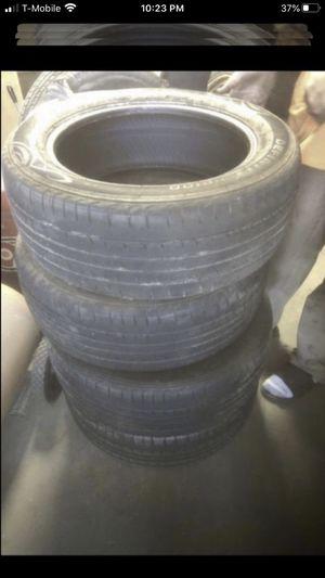 Set of 4 tires 225/55/17 Delinte 60% tread for Sale in Temecula, CA