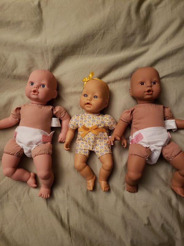 3 baby dolls-like new