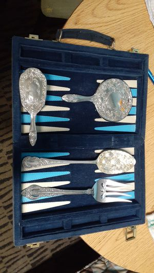 Sliver antice mirrors and brush silver spoon and folk with case for Sale in San Antonio, TX