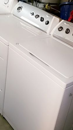 Washer and Gas Dryer Set Whirlpool for Sale in Riverside,  CA