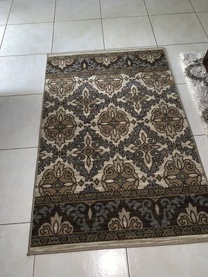 NICE AREA RUG for Sale in Miami, FL