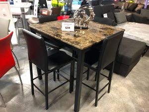5 Piece Pub Link Dining Table Set for Sale in Hialeah, FL