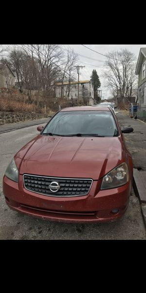 Nissan altima for Sale in Waterbury, CT