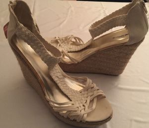 MOSSIMO Offwhite Strappy Wedge Espadrilles Women's Casual Summer High Heel Sandals Zippered Back Sz 11~New With Tags for Sale in Paris, KY