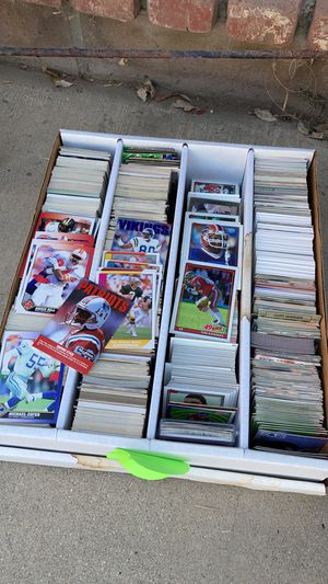 Box of football trading cards for Sale in Menifee, CA